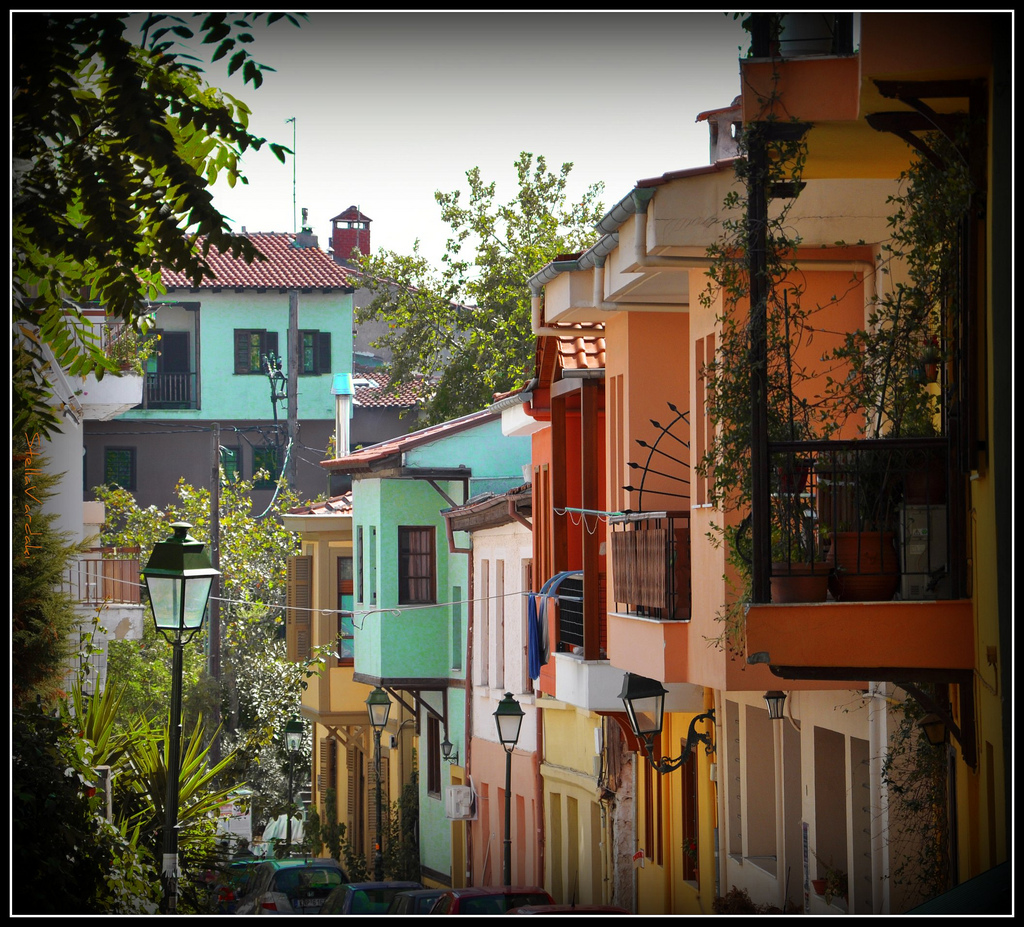 Old town of Thessaloniki like a movie scenery of the 60s ...