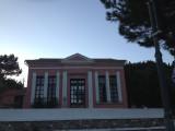 Το παλιό δημοτικό σχολείο, όταν ακόμη το νησί είχε μικρούς μαθητές.