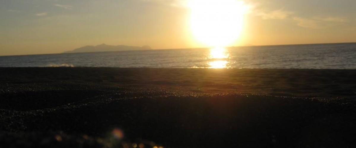 Η Ανατολή του ηλίου στην Περίσσα