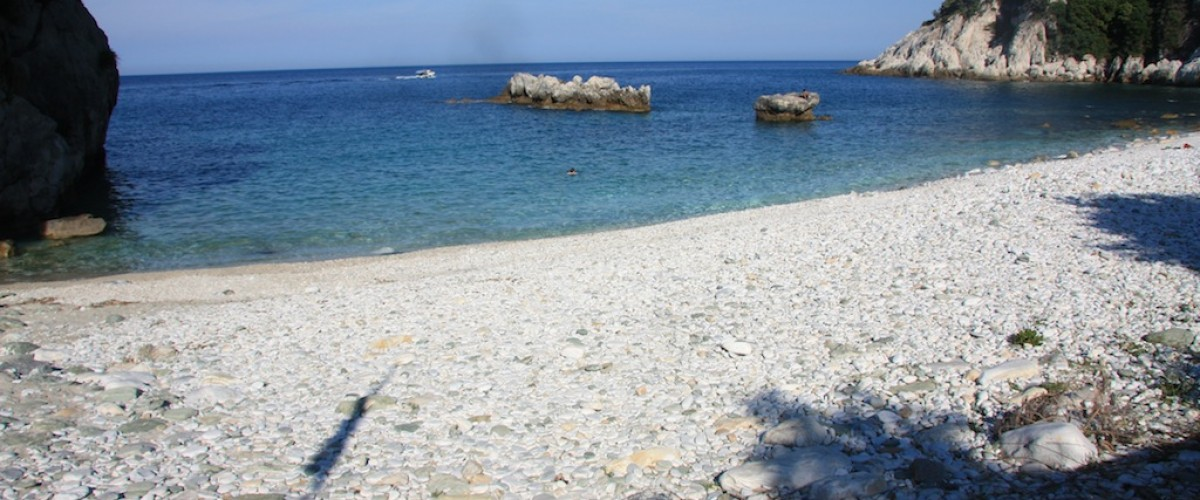 Damouchari beach