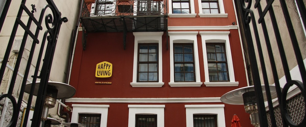Welcome to Happy Living Hostel in Xanthe